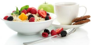 Ученые советуют перед тренировкой поесть каши с молоком