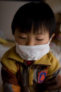 Коронавирус избегает детей